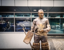 wbsculpture-of-johnny-bower