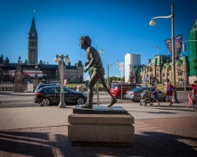 Statue-of-Terry-Fox-in-Ottawa