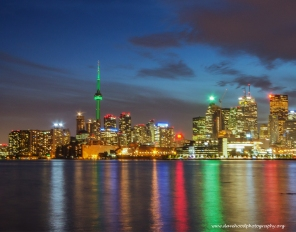 wbToronto-at-Night