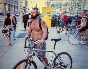 wbbody builder cyclist