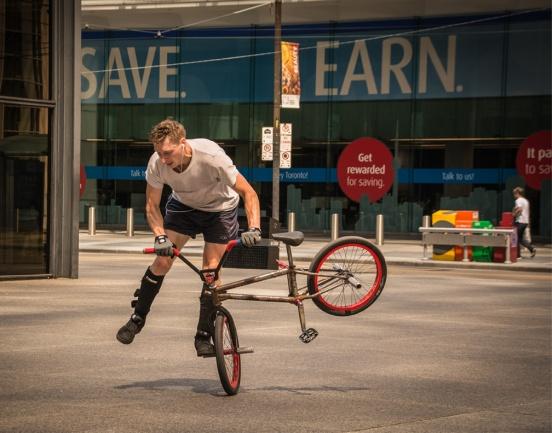 wbcyclist acrobat